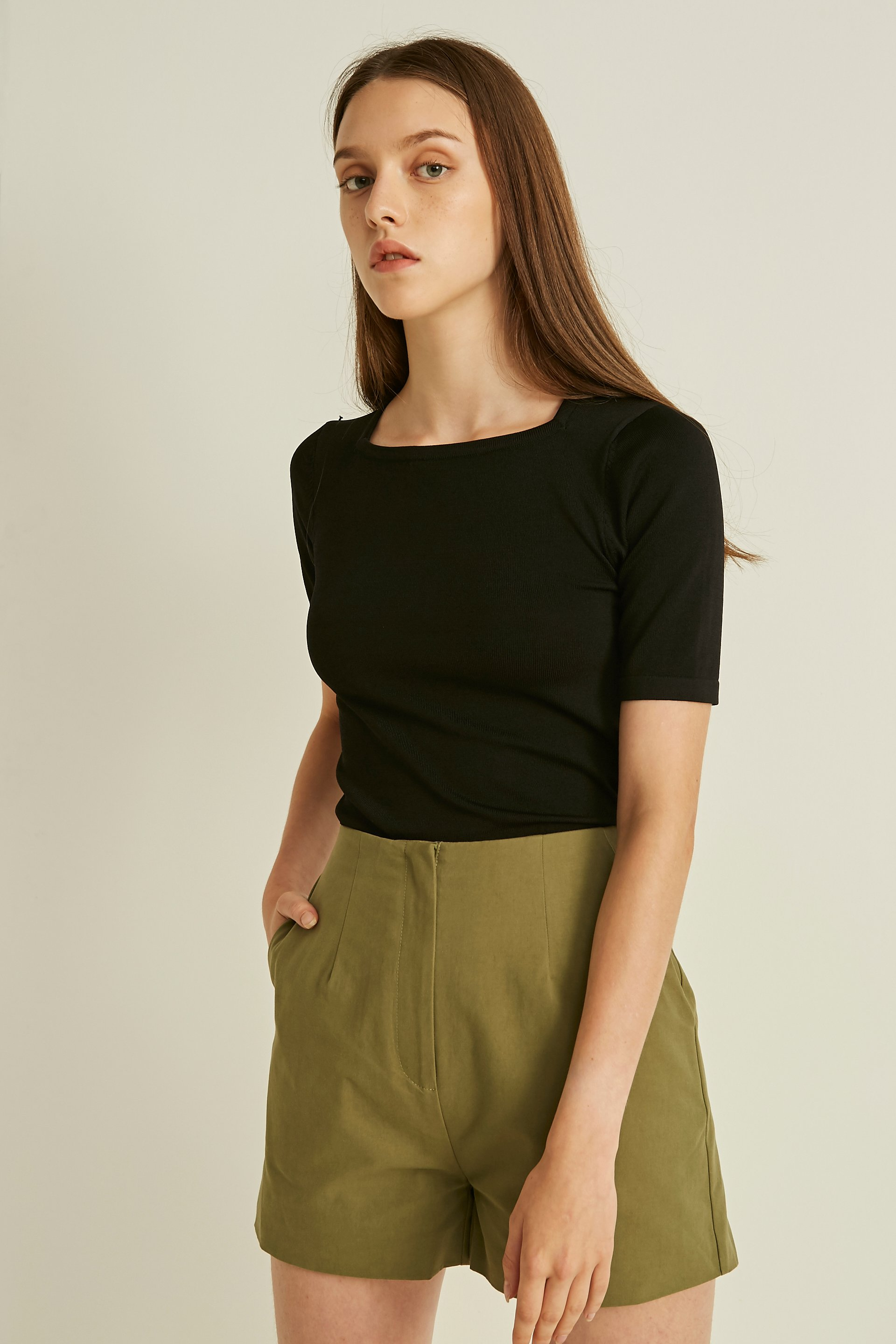 Square-Neck Sleeved Knit Top