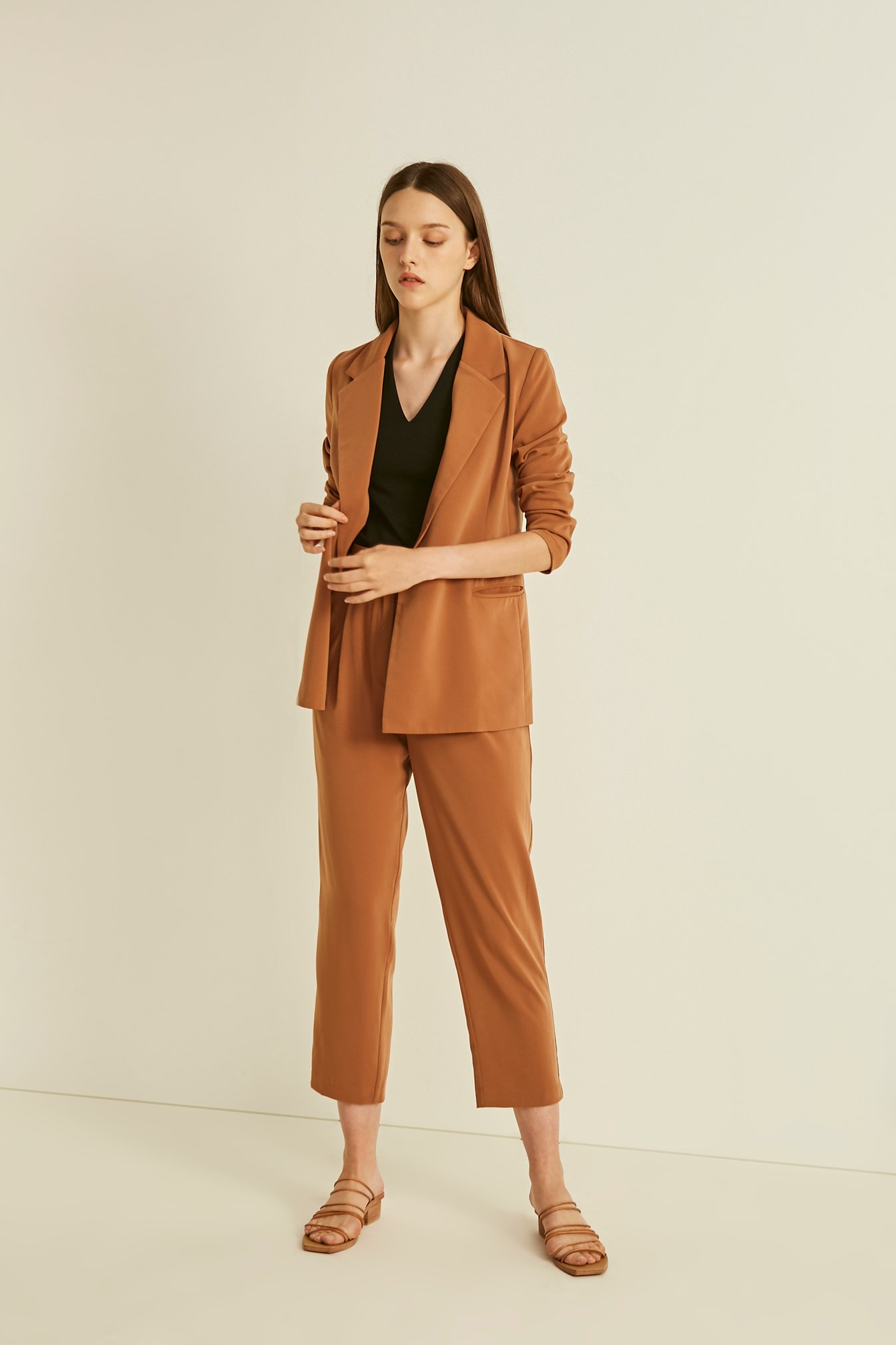 Tapered Pleat Pants