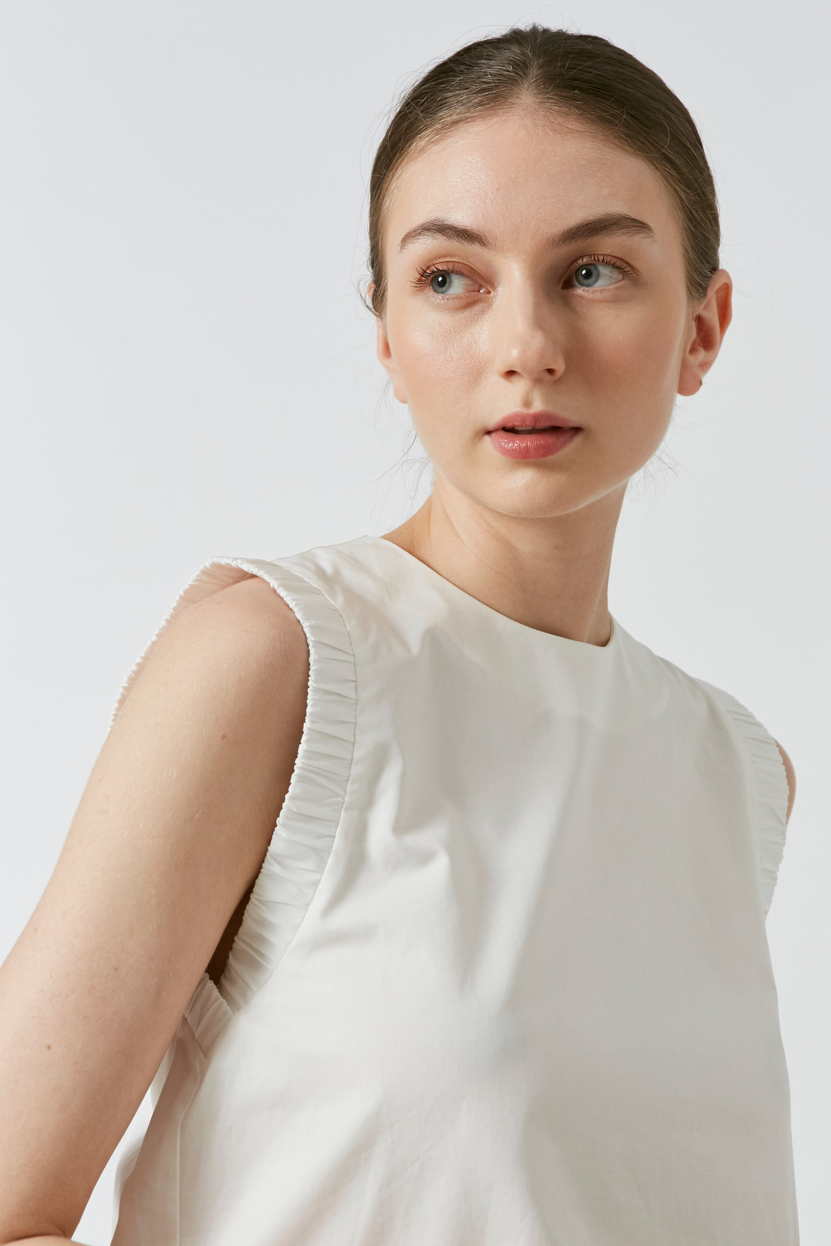 Cotton Gathered Sleeve Top